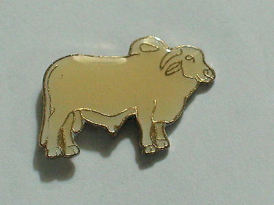 Brahma Bull Pin Vintage Cow Cattle Pin  (ow)