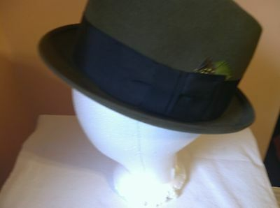 VINTAGE MEN'S ROYAL STETSON OLIVE GREEN HAT WITH BOX