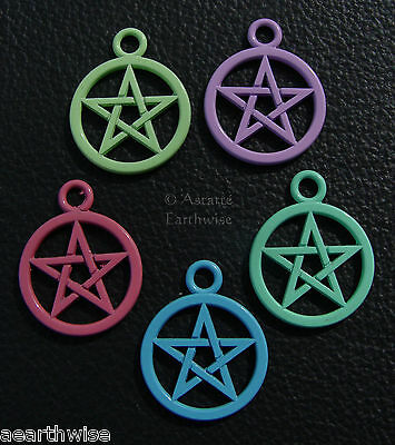 5 PACK OF COLOURFUL PENTACLE PENTAGRAM PENDANTS Wicca Witch Pagan Goth