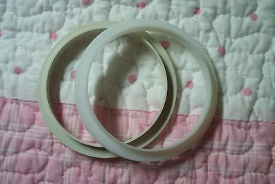 PLaStiC NeCk RiNgS 74MM FoR ReBoRn