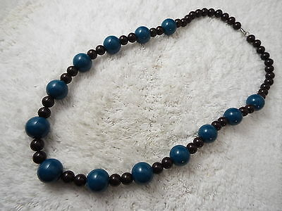 Brown Blue Bead Necklace (B33)