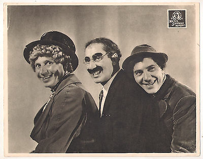 F10405 A DAY AT THE RACES marx brothers GROUCHO CHICO HARPO MGM Lobby Card Spain