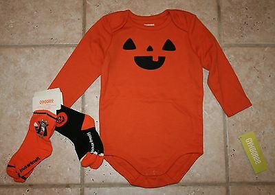 Gymboree Baby Bunny Outfit 1-Piece Romper /& 2 Pack Socks NWT Boys 12-18 Months