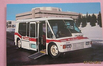 OC Transpo Bus 8998 Para Transpo near General Hospital 1990 Postcard