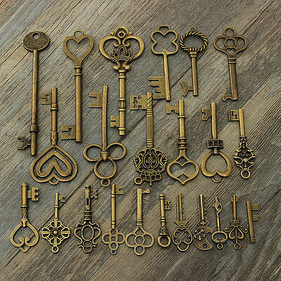 24 Assorted Antique VTG Old Look Vintage Skeleton Keys Bronze Charm Pendants NEW