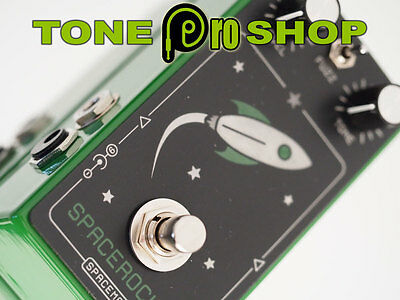 Spaceman Effects Space Rocket Fuzz Pedal Green Anniversary Edition