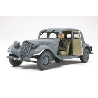 TAMIYA 35301 Citroen Traction IICV Staff Car 1:35 Military Model Kit