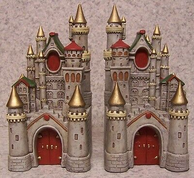 Bookends Medieval Castle Pair Book Ends NIB