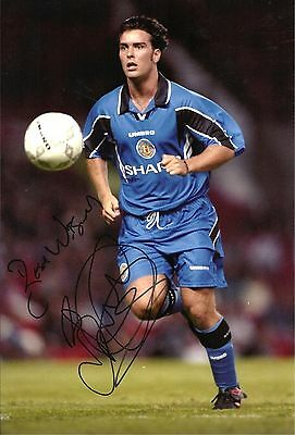 A 12 x 8 inch photo featuring & personally signed by Ben Thornley Manchester Utd