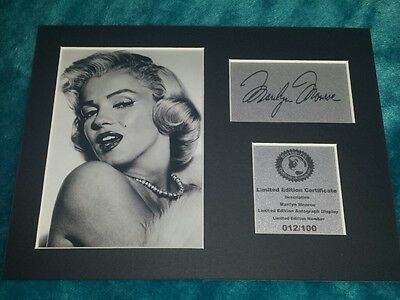 Marilyn Monroe Signed Autograph Display Mount MM2