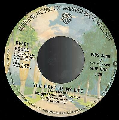"""DEBBY BOONE - You Light up My Life / He's a Rebel (The Boones) - 7"""" 45 rpm 1977"""