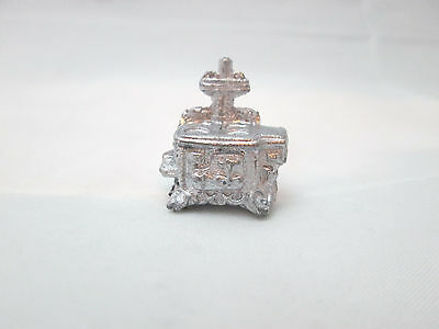 Dollhouse Miniature Unfinished Metal 144th Scale Old Fashioned Stove