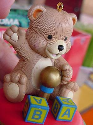 NOMA ORNAMOTION rotating Teddy Bear on Spinning Top toy CHRISTMAS ORNAMENT wbox