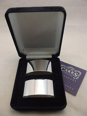 Excellent Boxed Pair HM Silver Napkin Rings (87a) - Sheff 1997 - not engraved