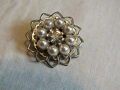 Beautiful Brooch Pin Gold Tone Filigree Faux Pearls Clear  Rhinestone 1 1/8  WOW