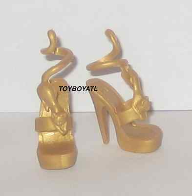 Monster High TRU Scaris Cleo de Nile Doll Outfit Gold Egyptian Cat Shoes NEW