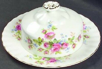 ROYAL ALBERT MOSS ROSE ROUND COVERED BUTTER - NEW - RETIRED AND RARE