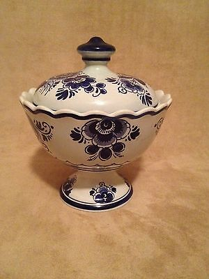 Vintage Delft Holland Handwerk 904  Hand Painted Blue Floral Covered Candy Dish