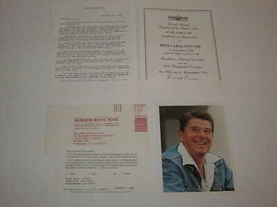 Two Ronald Reagan Signed Documents 1988 Letter Includes Photo - Must See!!