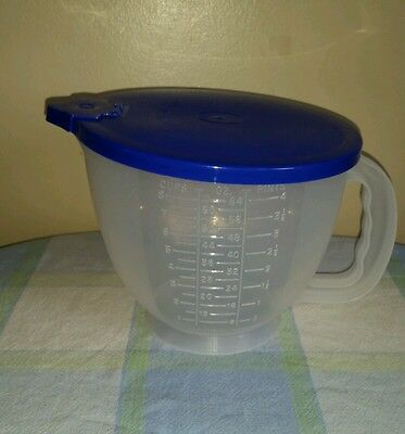Tupperware 8 Cup 2 Qt Mix N Store Measuring Mixing Bowl Pitcher Dark Blue w/ Lid