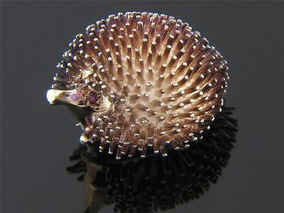 VINTAGE 14K YELLOW GOLD & 925 STERLING SILVER PORCUPINE BROOCH PIN RUBY EYES