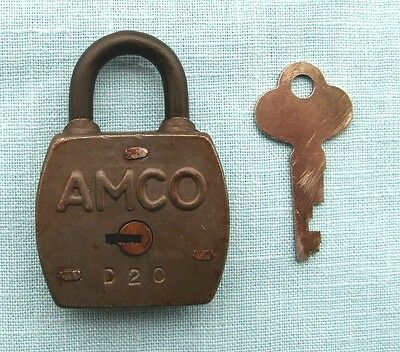 Advance  Gumball Machine AMCO Padlock D-20 and  key new old stock