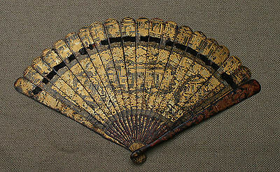 ANTIQUE HIGH QUALITY CHINESE HAND PAINTED GOLD LACQUER BRISE FAN XIX CENTURY