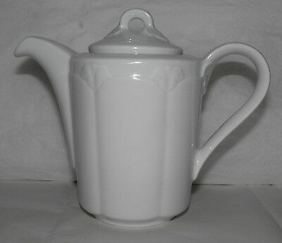Vintage HUTSCHENREUTHER Hotel Line WHITE PORCELAIN Individual Tea or Coffee Pot