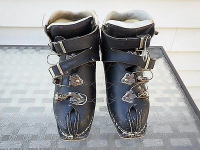 NICE OLD Ski Skiing BLACK LEATHER Boots in GOOD Condition DECORATIVE