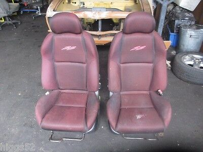 Holden Commodore Vz Ss Front Bucket Seats Black & Red Cloth Ute Vu Vy