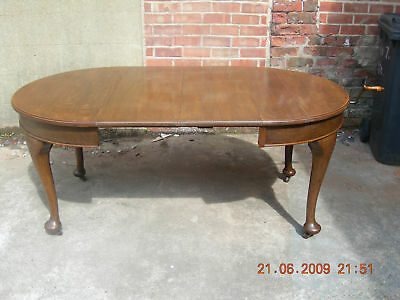 **~Edwardian~Oak Windout Dinning Table~**