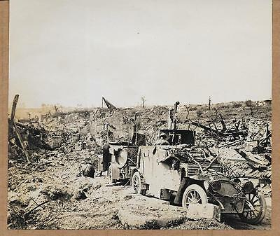 1918 French Armored Car in Devastated Aisne Village France Original News Photo