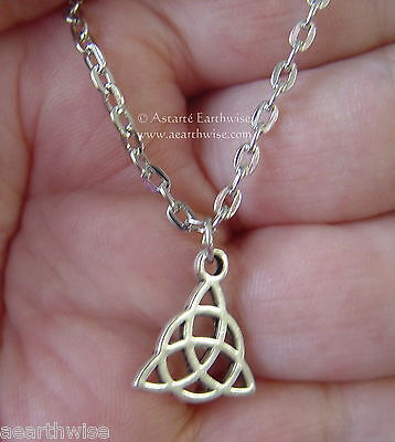 TRIQUETRA PENDANT WITH CHAIN Wicca Pagan Witch Goth Charmed Spell TRIQUETRA KNOT