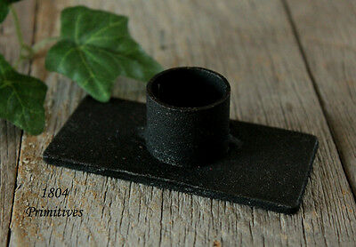 Primitive Decor -- Black Iron Candle HOLDER for Tapers