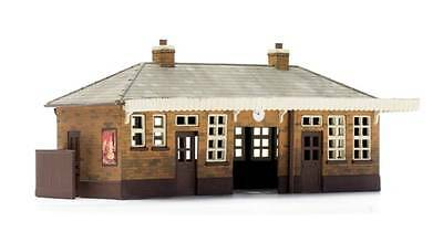 Dapol C014 Booking Hall Kit OO Gauge