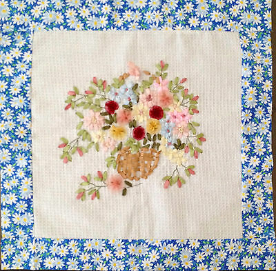 Hand Embroidery Min quilt top #6018