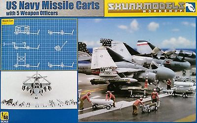 SKUNKMODEL 48023 US Navy Missile Carts w/5 Weapon Officers in 1:48