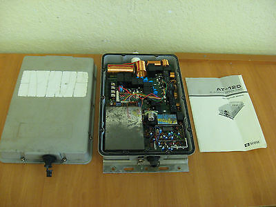 ICOM AT-120 Automatic Antenna Tuner w/ Manual - TESTED / GOOD CONDITION