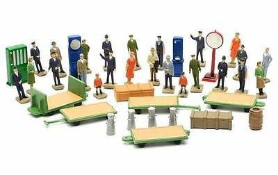 Dapol C012 Station Accessories Kit - Ready to Paint - OO Gauge