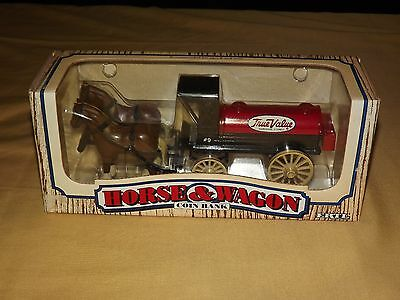 Vintage 1990 Ertl Horse & Wagon True Value Hardware Coin Bank Nos New Old Stock