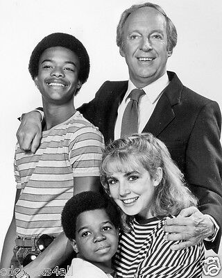 Different / Diff'rent Strokes CAST / Gary Coleman 8 x 10 GLOSSY Photo Picture