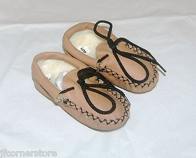Absolute Bargain Childrens Fur Lined Tan Slippers Infant Size 6 Clearance Items