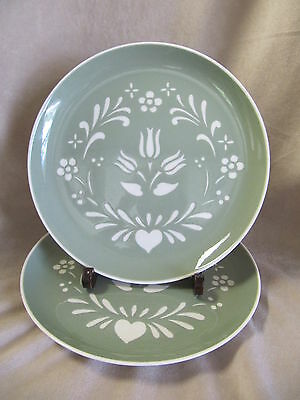 Harker Pottery Provincial Tulip - Green Dinner Plates In Excellent Condition