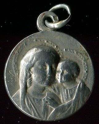 ANTIQUE SILVER MEDAL OF ST MARY AND JESUS