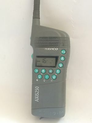NAVICO AXIS / SIMRAD 250 GMDSS HANDHELD VHF TRANSCEIVER USED WORKING COND.ae1z10