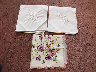 Collectible Ladies Hankerchief Set 3 Floral Embroidery White Purples WOW NICE