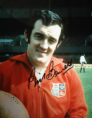 Phil Bennett - Welsh Rugby Union Rugby Legend  - Superb Signed Colour Photograph