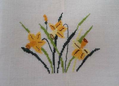 Vintage Rice Linen Tea Hand Towel Yellow Embroidered Daffodils Floral
