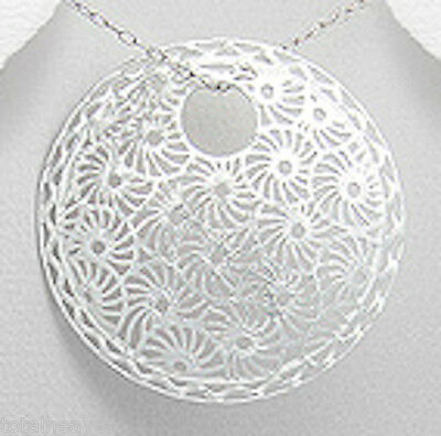 """FABULOUS 6.8g Solid Sterling Silver 1.54"""" SHINY Flower Circle Pendant"""