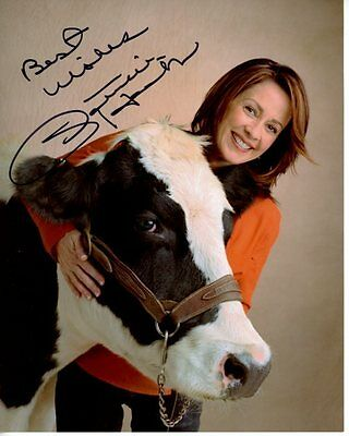 PATRICIA HEATON signed autographed w/ BLACK AND WHITE COW photo